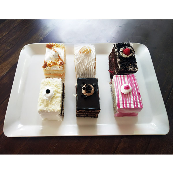 Mixed Pastries - 6 Pcs