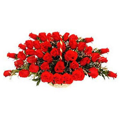 Red Roses Round Basket