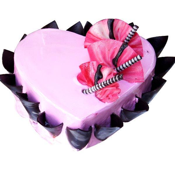Red Velvet Love Cake