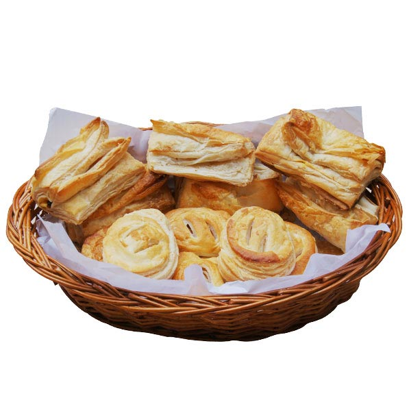 Veg And Egg Puffs - 12 Pcs
